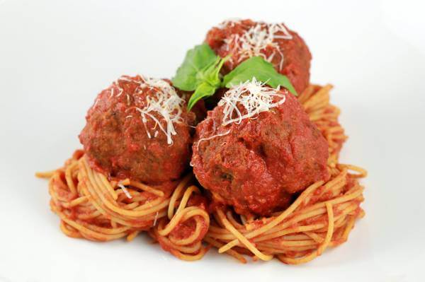 plate-of-meatballs-and-spaghetti